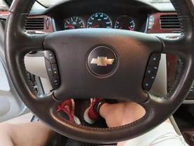 2007 Chevrolet Impala - Image 22