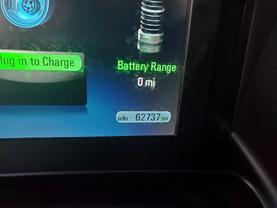 2014 Chevrolet Volt - Image 8