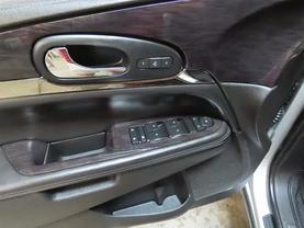 2015 Buick Enclave - Image 20