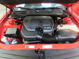 2015 Dodge Challenger - Image 10