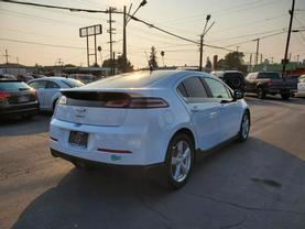 2013 Chevrolet Volt - Image 6