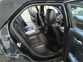 2013 Chrysler 300 - Image 12