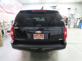 2008 Chevrolet Suburban 1500 - Image 4