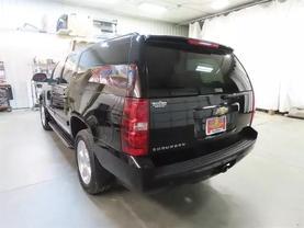 2008 Chevrolet Suburban 1500 - Image 5