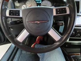 2010 Chrysler 300 - Image 20