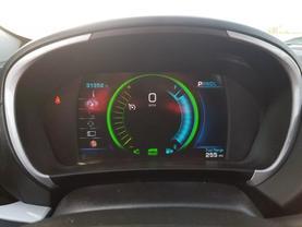 2017 Chevrolet Volt - Image 16