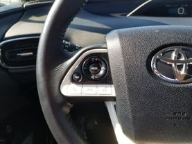 2017 Toyota Prius Prime - Image 13