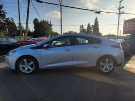2017 Chevrolet Volt - Image 2