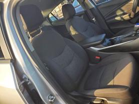 2017 Chevrolet Volt - Image 19