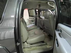 2006 Gmc Yukon Xl 1500 - Image 12