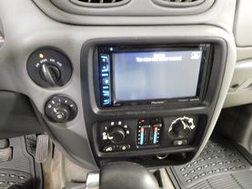2005 Chevrolet Trailblazer - Image 16