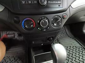2009 Chevrolet Aveo - Image 15