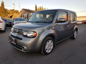2010 Nissan Cube - Image 1