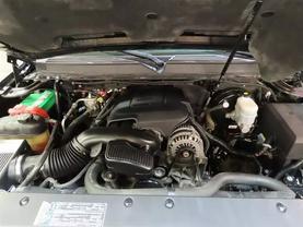2008 Chevrolet Suburban 1500 - Image 10