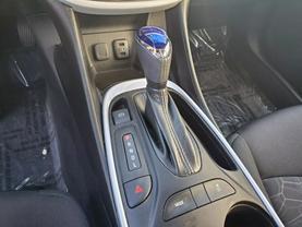 2017 Chevrolet Volt - Image 13