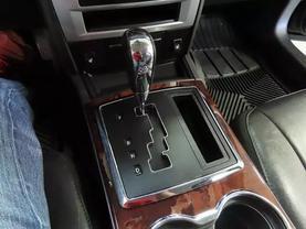 2010 Chrysler 300 - Image 19