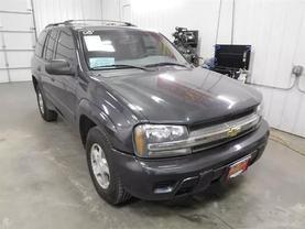 2005 Chevrolet Trailblazer - Image 2