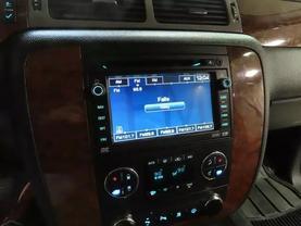 2008 Chevrolet Suburban 1500 - Image 22