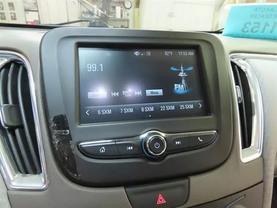 2018 Chevrolet Malibu - Image 19