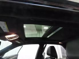 2013 Chrysler 300 - Image 28