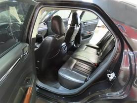 2010 Chrysler 300 - Image 14