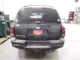 2005 Chevrolet Trailblazer - Image 4