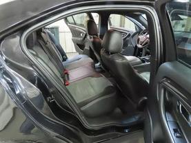 2015 Ford Taurus - Image 12