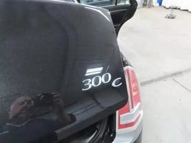 2013 Chrysler 300 - Image 14