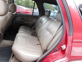 1996 TOYOTA 4RUNNER SUV V6, 3.4 LITER SR5 SPORT UTILITY 4D