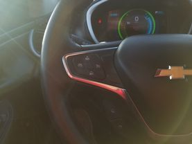 2017 Chevrolet Volt - Image 14