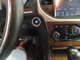 2013 Chrysler 300 - Image 23