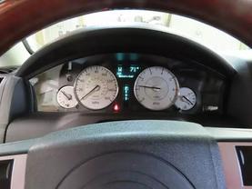2010 Chrysler 300 - Image 21