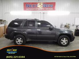 2005 Chevrolet Trailblazer - Image 1