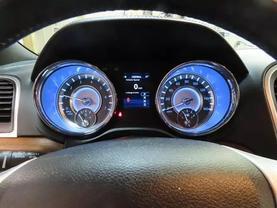 2013 Chrysler 300 - Image 25