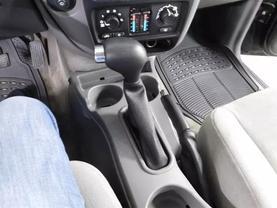 2005 Chevrolet Trailblazer - Image 17