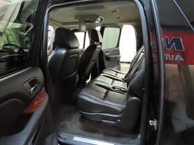 2008 Chevrolet Suburban 1500 - Image 17