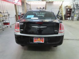 2013 Chrysler 300 - Image 4