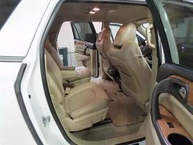 2012 Buick Enclave - Image 11