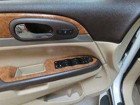 2012 Buick Enclave - Image 19