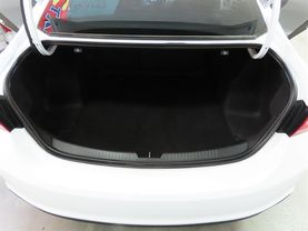 2018 Chevrolet Malibu - Image 13