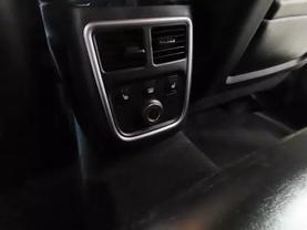 2013 Chrysler 300 - Image 17