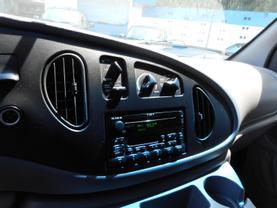 2001 FORD ECONOLINE E350 SUPER DUTY PASSENGER PASSENGER V10, 6.8 LITER EXTENDED VAN
