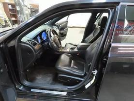 2013 Chrysler 300 - Image 18