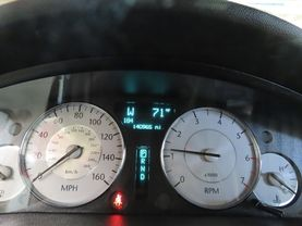 2010 Chrysler 300 - Image 22