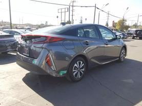 2017 Toyota Prius Prime - Image 5