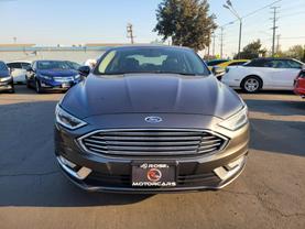 2017 Ford Fusion Energi - Image 8