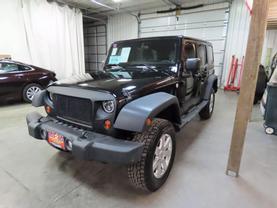 2011 Jeep Wrangler - Image 6