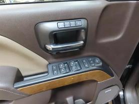 2016 Chevrolet Silverado 1500 Crew Cab - Image 18