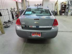 2008 Chevrolet Impala - Image 4