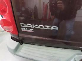 2005 Dodge Dakota Quad Cab - Image 14